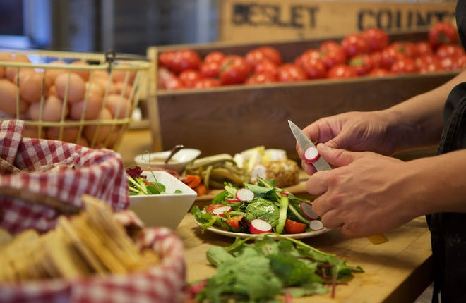 Sumptuous Stops For Foodie Fanatics in York Durham Headwaters