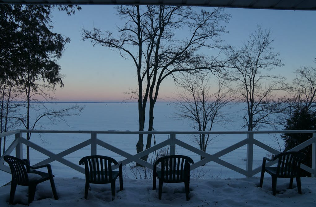 4 Girls, an Ice Fishing Hut and a Luxury Resort. A Girls' Winter Weekend in Central Counties