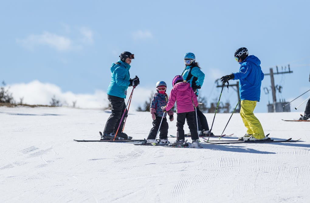 The 6 Best Downhill Skiing Destinations in York Durham Headwaters