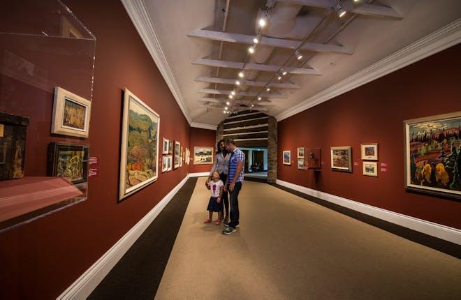 Must See Galleries in YDH