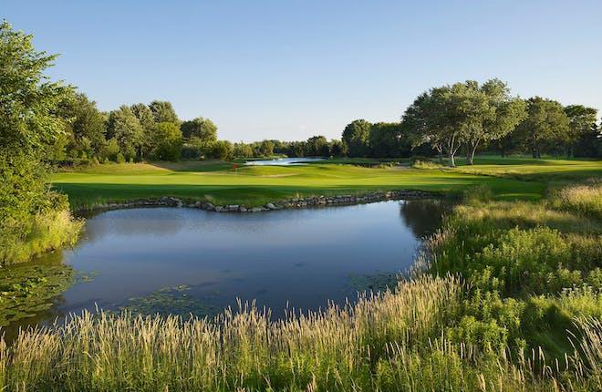 Royal Ashburn Golf Club: A shot makers must play.