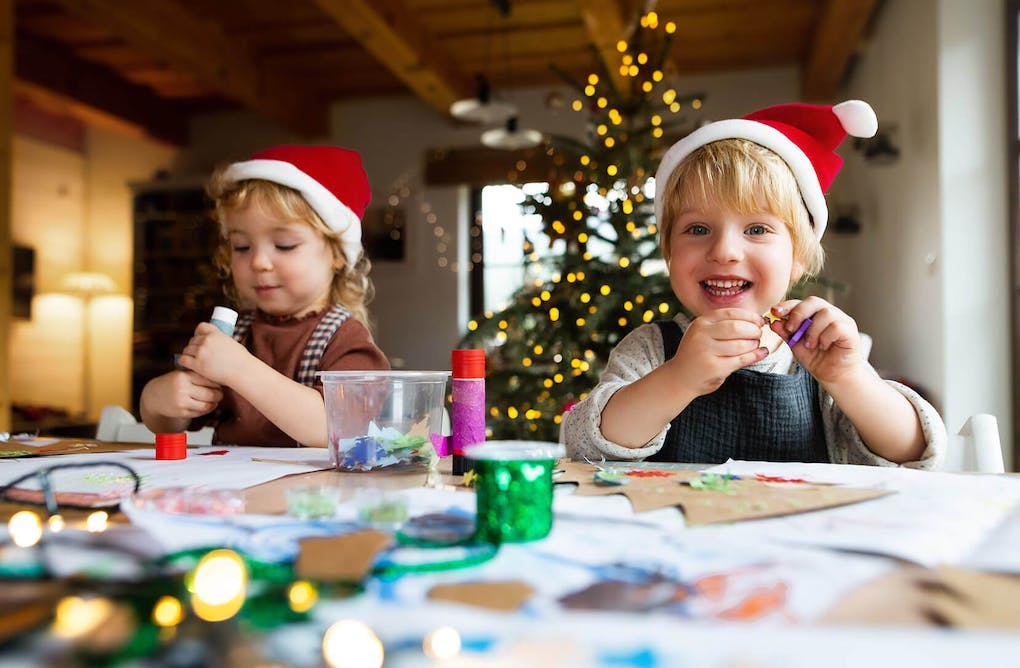 Holiday Crafts & Games for the Whole Family