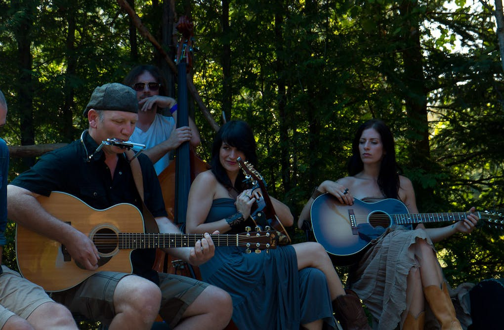 10 Reasons to Attend Eaglewood Folk Festival – August 23, 24, 25, 2013